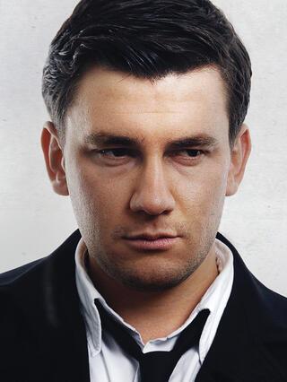 Дмитрий Глуховский — биография