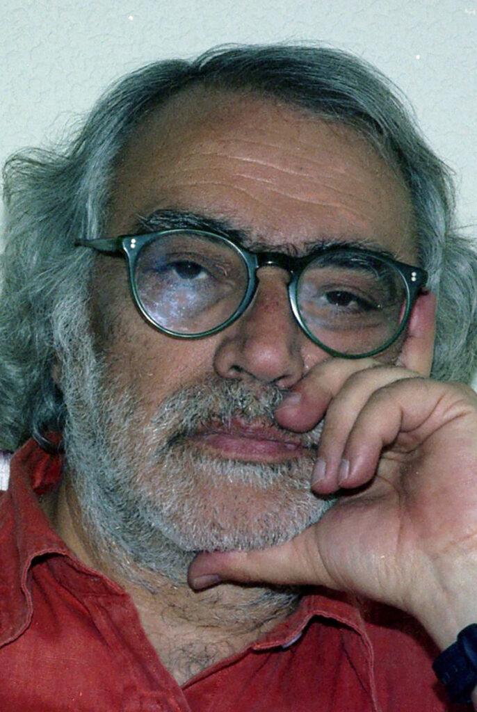 Роберто Скарфоне — биография